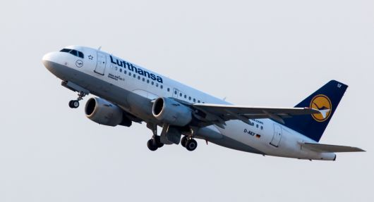 Lufthansa Take Off in MUC